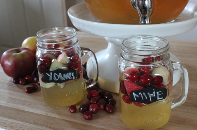 White Cranberry Apple Sangria